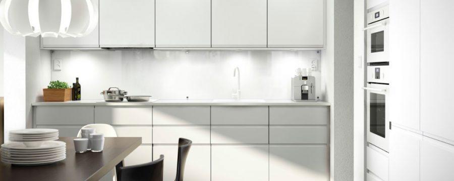 מטבח לבן בצבע אפוקסי